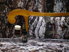 Detalle vitrina. Cerveza negra