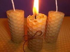 Las velas de miel, además de envolvernos con un aroma que endulza el ambiente, también se dice que son mágicas, ya que son capaces de atraer la buena suerte
