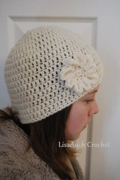 Free crocheting pattern for hats and beanies... so cute.  It has pictures and instructions so even a beginner like me should be able to do this.