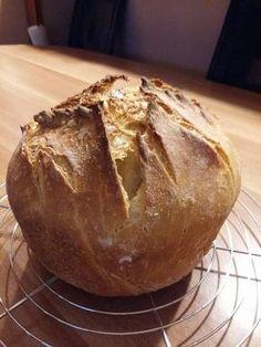 Igazi kovászos házikenyér! Így készül a kovász hozzá, ami hosszú ideig eltartható! Pan Bread, Bread Baking, Bread Recipes, Cookie Recipes, Hungarian Recipes, Health Eating, How To Make Bread, Diy Food, Bakery