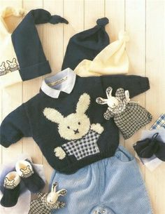 image host Baby Kids, Baby Boy, Pull Bebe, Baby Knitting, Knitted Baby, Baby Sweaters, Lana, Knitting Patterns, Knit Crochet
