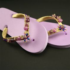 Transform plain flip flops into summer style ...many style options...go to hobbylobby.com