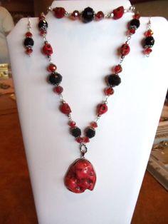 I designed this beautiful necklace earring and bracelet set.