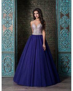 bfb0e4c8e6d0 32 vzrušujúcich obrázkov z nástenky Viktoria Apparel - luxusné ...