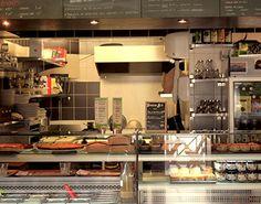 Les Tables de Nantes : Terroirs Bio Une oasis bio (certifiée AB) où l'on sert une cuisine juste, saine et bonne à partir de produits de saison, fraîchement cueillis au