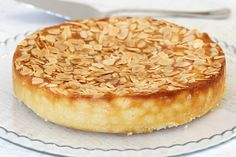 This Thermomix Gluten-Free Lemon, Ricotta & Almond Cake is all kinds of delicious! Oh and it's super simple too! The perfect afternoon treat or decadent dessert. Gluten Free Treats, Gluten Free Cakes, Gluten Free Baking, Gluten Free Desserts, Gluten Free Recipes, Gluten Free Almond Cake, Lemon Recipes, Sweet Recipes, Cake Recipes