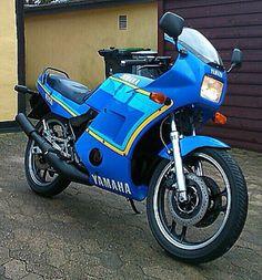 Se Yamaha rd 350 ypvs på MotorcykelGalleri