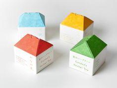 庭のハーブティー by 平野達郎  --- 石垣島のおばあが手作りしたハーブティのパッケージデザイン。完成品。
