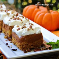 10 EASY THANKSGIVING PUMPKIN DESSERTS