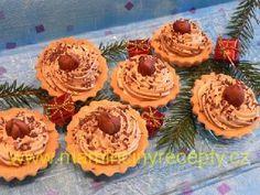 Košíčky s karamelem Desserts, Food, Tailgate Desserts, Deserts, Essen, Postres, Meals, Dessert, Yemek
