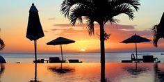 $1215 -- St. Vincent & Grenadines: All-Incl. 5-Nt. Escape   Travelzoo