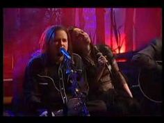 """""""Freak On A Leash"""" - Korn w/ Amy Lee of Evanescence ... live on MTV Unplugged on 3.5.2007 ...On paper I would have had my doubts of this working - perform acoustically, add strings and Amy Lee on vocals and have various members wear masks (like pig masks) ... and yet ... it does work for me."""