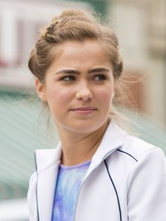 Mtv, Haley Richardson, Holly Smith, Dark Blonde Hair, Face Claims, Hair Dos, Pretty Hairstyles, American Actress, Girl Crushes