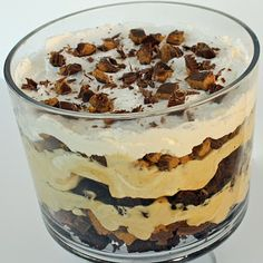 Peanut Butter Brownie Trifle -definitely SHOULD NOT pin this but it looks so yummy and such an easy recipe!