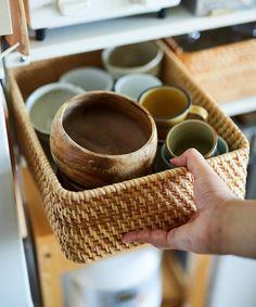 じぶんで編集する、コンパクトな団地くらし。 | MUJI SUPPORT 事例集 | 無印良品 Muji Home, Japanese Kitchen, Interior Concept, Kitchen Styling, Kitchen Ideas, Food, House, Muji House, Japanese Cuisine