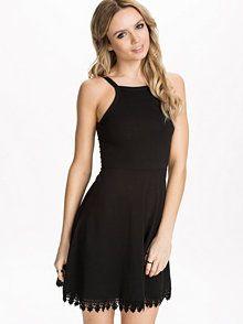 Mode, Schuhe, Kleider & Wäsche | Nelly.at – Mode Online