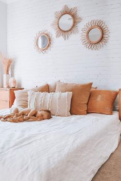 Pure Linen Sheets & Bedding - I Love Linen has the most effortless styling of our White French Linen Bedding Room Ideas Bedroom, Home Decor Bedroom, Bedroom Inspo, Bedroom Designs, Guy Bedroom, Master Bedroom, Teen Bedroom, Bedroom Furniture, Aesthetic Room Decor