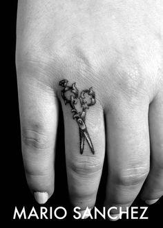 Scissors finger tattoo