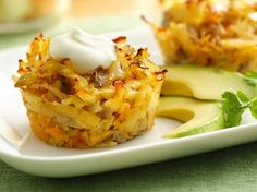 Recipe, grocery list, and nutrition info for Mexican Hash Brown Breakfast Cupcakes. Try a new twist on breakfast with this Mexican breakfast cupcake--delicious south-of-the-border flavors come together with a hint of spice. Bacon Breakfast Cupcakes, Muffin Tin Breakfast, Savory Cupcakes, Make Ahead Breakfast, Breakfast Dishes, Breakfast Recipes, Mexican Breakfast, Muffin Tins, Hashbrown Breakfast