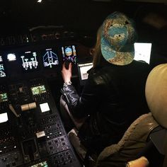 Learning to fly ✈ -  Cara Delevingne