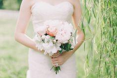 peony bouquet | Julie Lim #wedding