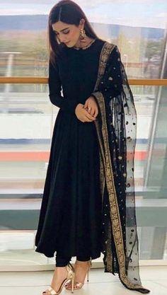 #salwarsuit #salwarsuits #SalwarSuitOnline #salwarsuitmaterial #salwarsuitspartywear #salwarsuitneckdesigns Party Wear Indian Dresses, Pakistani Dresses Casual, Indian Gowns Dresses, Indian Fashion Dresses, Dress Indian Style, Pakistani Dress Design, Indian Outfits, Black Indian Gown, Black Pakistani Dress