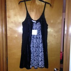 NWT Areve top Black and white Black and white top/mini dress super cute A'reve Tops Tunics