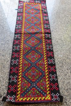 This piece of vintage embroidery beautiful work handmade from the hill  tribes thailand 3d298e3dfe