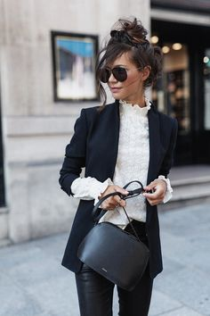 Look Fashion, Quirky Fashion, Cool Street Fashion, Daily Fashion, Timeless Fashion, Everyday Fashion, Office Fashion, 46 Year Old Women, Office Attire