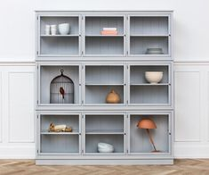 Witryna o szerokości Grey Oliver Furniture, Scandinavian Living Oliver Furniture, Modern Kids Furniture, Home Furniture, Furniture Design, Dining Room Storage, Living Etc, Sustainable Furniture, Scandinavian Living, Cabinet Furniture