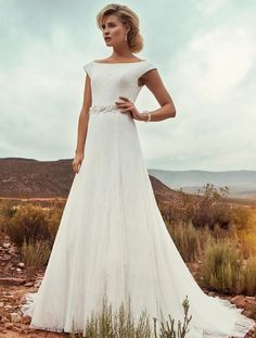 Nouvelle robe publiée!  Marylise mod. Denver. Pour seulement 750€! Economisez 58%! http://www.weddalia.com/fr/boutique-vendre-robe-de-mariee/marylise-mod-denver/ #RobesDeMariée www.weddalia.com/fr
