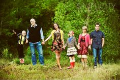 Love how colorful and fun Family Posing, Family Portraits, Family Photos, Autumn Photography, Love Photography, Clothing Photography, Photography Outfits, Simplicity Photography, Family Photo Colors