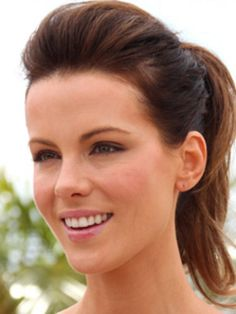 Five steps to...Kate Beckinsale's edgy ponytail