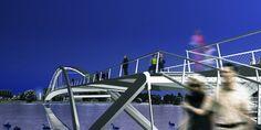 Dietmar Feichtinger Architectes - Ponts et Passerelles - Passerelle pour pietons et velos sur le Rhin Maître d'ouvrage:  Ville de Weil am Rhein   Longueur:  346 m