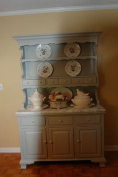 My newly painted hutch...pics! - Home Decorating & Design Forum - GardenWeb