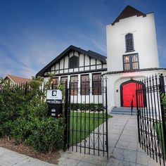 Contact us today at theyorkmanorla@gmail.com to make an appointment to see our beautiful historical landmark event space!  Some changes have been made on the interior that you will love! Contact us today to come by and see the new York Manor  #theyorkmanor #happeninginhighlandpark #weddings #productions