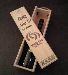 Caja De Vino Grabado Laser.souvenir / Regalo - $ 170,00