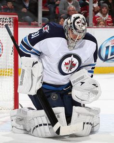 Photo galleries featuring the best action shots from NHL game action. Jets Hockey, Pro Hockey, Ice Hockey Teams, Nfl Football Teams, Hockey Goalie, Bernie Parent, Goalie Mask, Nhl Games, Nfl Fans