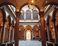Palazzo Strozzi at dusk { Florence, Italy } // @allafiorentina
