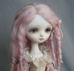 """Dragonfly Works (Ana Salvador) doll """"Julie"""", lavender hair"""