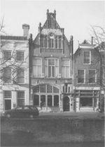 Westhaven 33. Het in 1907 gebouwde parochiehuis van de Sint Theodorusstichting (1998).