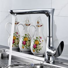 97.50$  Watch here - http://ali0s3.worldwells.pw/go.php?t=32274718962 - Kitchen Faucets Torneira Cozinha High Quality Plumbing Twisted Swivel 360 Deck Mounted Brass Sink Faucets Mixers & Taps 97.50$