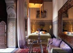 Enija Riad, luxury Guest House And Hotel In Marrakesh Medina, Morocco. Lion suite.