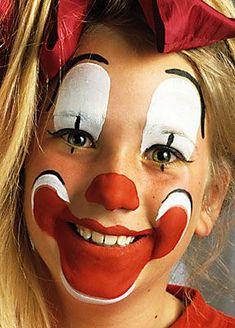 make up clown 11 Cute Clown Makeup, Halloween Makeup Looks, Face Painting Designs, Body Painting, Clown Face Paint, Clown Party, Es Der Clown, Female Clown, Rave Makeup