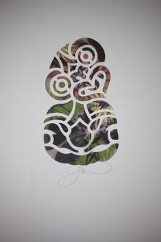Maori Hei Tiki by Flox Pop Culture Halloween Costume, Halloween Skull, Halloween Painting, Happy Halloween, Sugar Skull Stencil, Maori Symbols, Tiki Tattoo, Maori Patterns, Maori Tattoo Designs