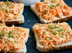 Breakfast Snacks, Breakfast Recipes, Salmon Burgers, Bon Appetit, Finger Foods, Foodies, Food And Drink, Appetizers, Low Carb