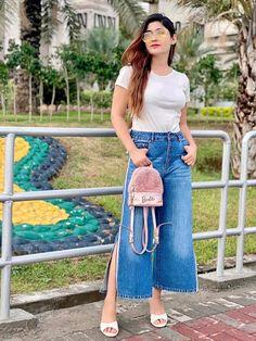 Iam Sofia Kaif Lace Skirt, Skirts, Fashion, Moda, La Mode, Skirt, Fasion, Fashion Models, Trendy Fashion