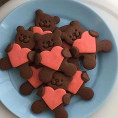 Discovered by Vαℓe. Find images and videos about love, food and heart on We Heart It - the app to get lost in what you love. Baking Recipes, Dessert Recipes, Cute Baking, Yummy Food, Tasty, Cute Desserts, Aesthetic Food, Aesthetic Green, Journal Aesthetic