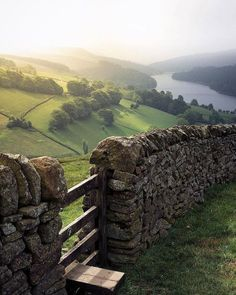 The Great British Countryside Accesories - Accesories jewelry - Accesories bag - Accesor England Countryside, British Countryside, Beautiful World, Beautiful Places, Provence, Countryside Landscape, Nature Aesthetic, Great British, Lake District
