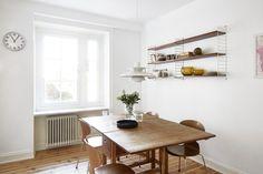 Ynglingagatan kitchen strinning klaffbord ph5 Poul Henningsen myran marble window Fantastic Frank